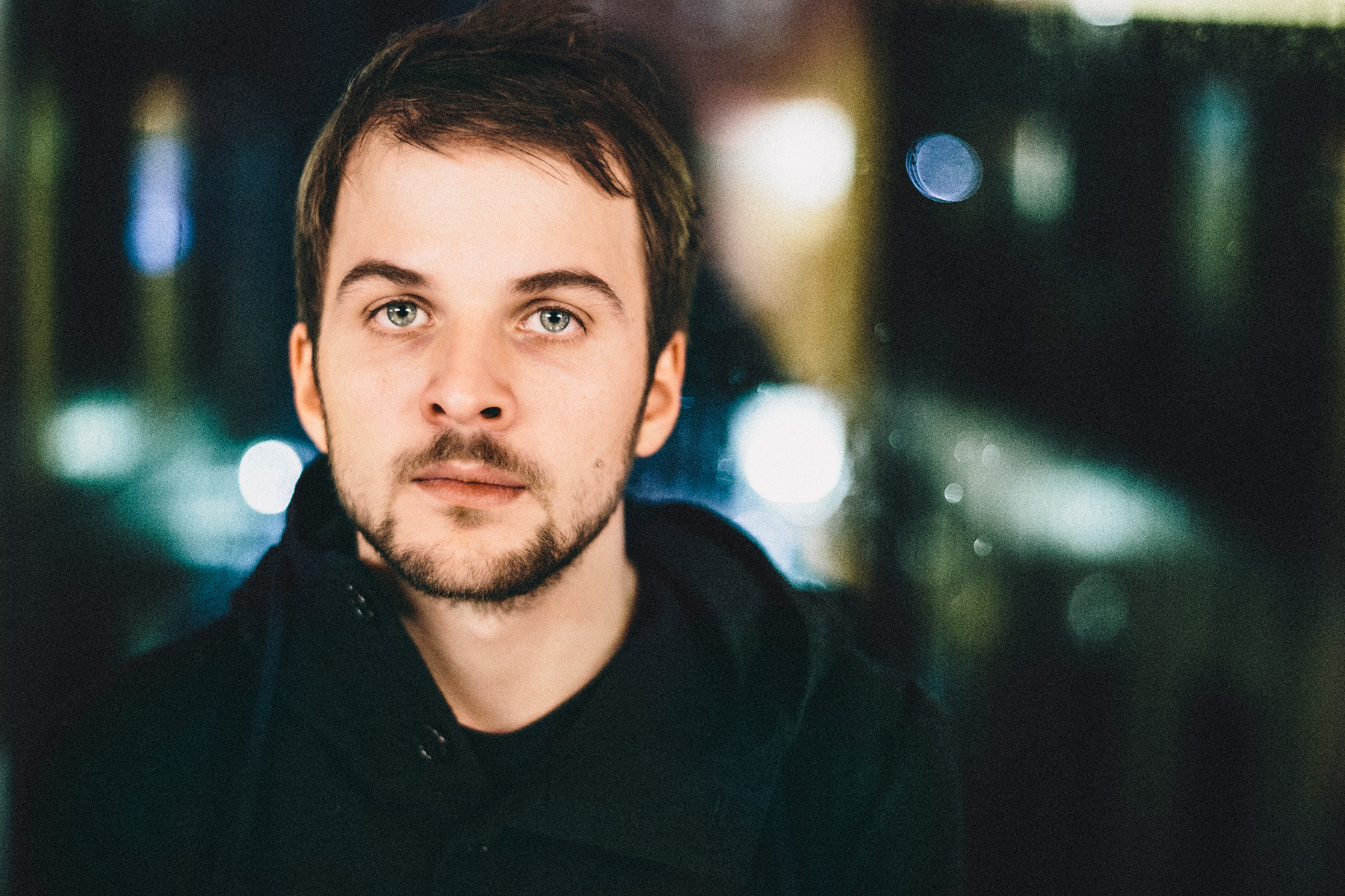 Live Updates From Nils Frahm Concert At The Leeds Howard Assembly Room.